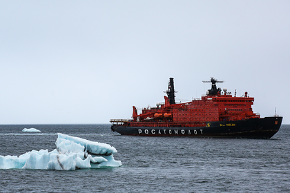 Путин отметил вклад ледокольного флота в освоение Арктики