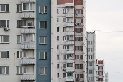 Недовольному служебной квартирой депутату Госдумы посоветовали снимать жилье