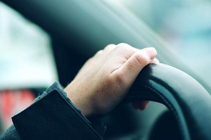 Смерть женщины под колесами собственной машины озадачила полицию