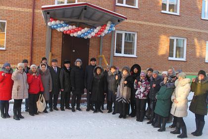 Сибирские селяне получили новое жилье