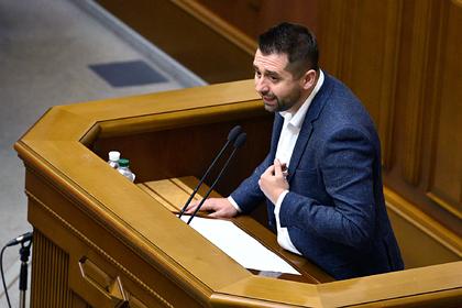 В Раде назвали сроки принятия закона об особом статусе Донбасса