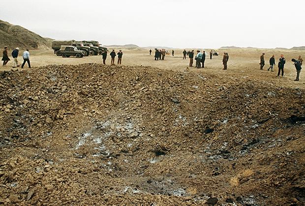 Воронка после утилизации ракет по ДРСМД, Казахская ССР