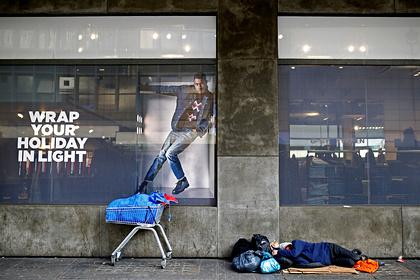 Ночевавший в аэропорту бездомный изменил свою жизнь ради работы мечты