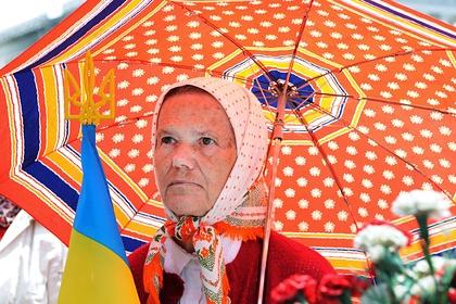 Тысячи украинцев вышли на Майдан из-за переговоров с Россией