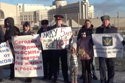 https://icdn.lenta.ru/images/2019/12/09/00/20191209004432637/pic_d0929e1360db58a0a1a00fdee1acfa30.png