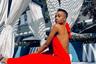 Карьеру модели Зозибини Тунци начала в 2017 году, когда вошла в список 26 полуфиналисток «Мисс Южно-Африканская Республика 2017». Тогда девушка не заняла призовое место. Однако в 2019 году она вновь поучаствовала в национальном конкурсе и на этот раз удостоилась победы.