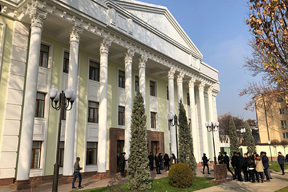 В Ташкенте открылся первый зарубежный филиал МГИМО