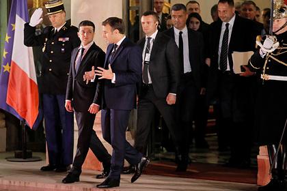 Украину обвинили в манипуляциях на переговорах в Париже