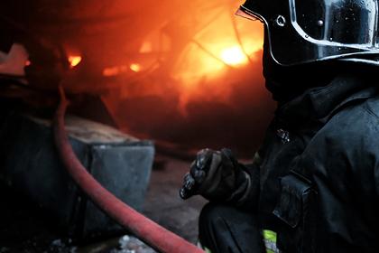 Россиянин поссорился с матерью и сжег ее квартиру