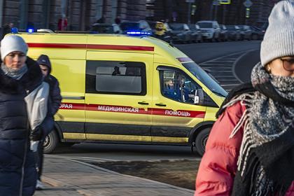 Пятеро российских школьников отравились жевательным табаком
