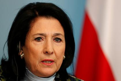 Президент Грузии признала отсутствие в стране армии и оружия