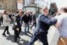 Лидер партии Brexit Найджел Фараж запечатлен после того, как в него бросили молочный коктейль, когда он прибыл на партийное мероприятие в Ньюкасл 20 мая 2019 года. По словам фотографа Скотта Хеппелла, никто не предполагал, что этот день войдет в учебники новейшей истории. Изначально было неизвестно, что именно бросили в Фаража: вокруг царил хаос, помощники пытались увести политика как можно скорее. Его посадили в ближайшее такси, визит был прерван. Хеппелу повезло запечатлеть все: мимику чиновника, его службу безопасности и виновника этой сумятицы.