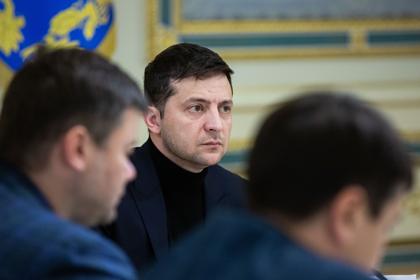 Зеленский пообещал изменить минские соглашения