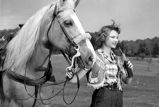 Девушка-тинейджер, 1950-е