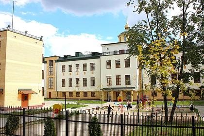 В России православная гимназия отказалась зачислить приемного ребенка-инвалида