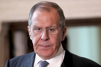 Россия опровергла отъезд Лаврова из Парижа из-за троллинга Зеленского