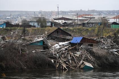 Активисты ОНФ встретились с жителями подтопленных российских городов