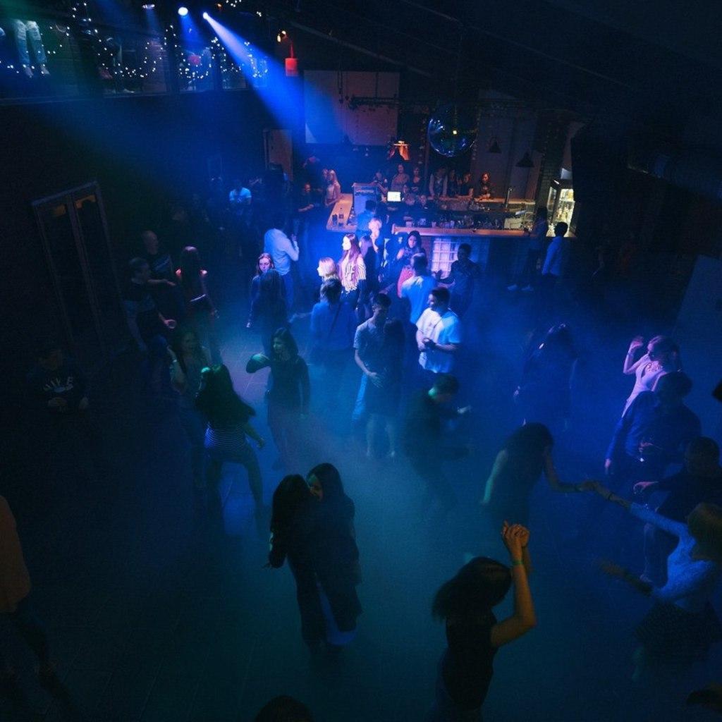Фсб в ночном клубе бонсай клуб москва