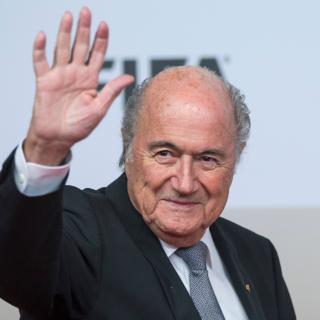 ФИФА подала в суд на Блаттера и Платини