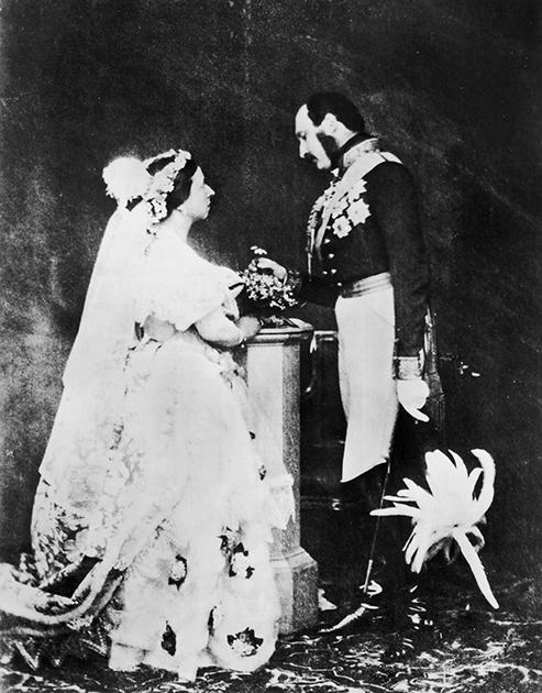 Королева Виктория в подвенечном платье и принц Альберт, 1854 год