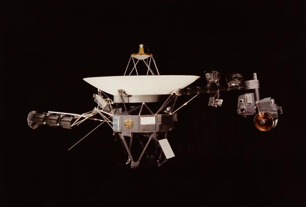 Вояджер-2 прислал данные из межзвездного пространства