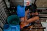 Раньше в общине на острове жило более 100 семей. После разрушительного тайфуна 2011 года из деревни уехало более половины жителей. В 2018 году в ней насчитывалось 36 семей. <br></br> Местные власти знают, что жителям грозит опасность в связи с изменением климата, и их нужно переселять, однако статус Ситио Париахан до сих пор не пересмотрен: деревня значится годной для проживания.