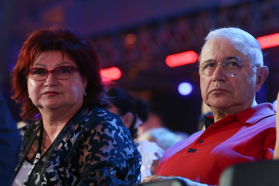 Елена Степаненко и Евгений Петросян на открытии «Новой волны» в 2016 году