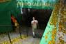 25 мая в Берлине мюнхенская «Бавария» разгромила «РБ Лейпциг» со счетом 3:0 в финале Кубка Германии и последнем матче легенды команды — голландского нападающего Арьена Роббена. 35-летний футболист провел в клубе десять лет и выиграл с ним в общей сложности 23 трофея.