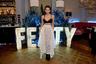 В откровенной одежде 18-летняя Гербер появлялась не только на подиумах. В декабре на премии Fashion Awards 2019 она предстала перед публикой в одном бюстгальтере, который был украшен жемчужными деталями. Таким образом юная модель подхватила еще один смелый тренд года — выход в свет в нижнем белье.
