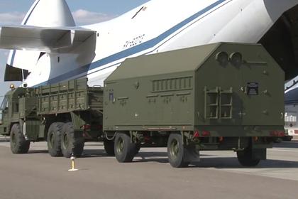 Погрузка ЗРК С-400 для доставки в Турцию