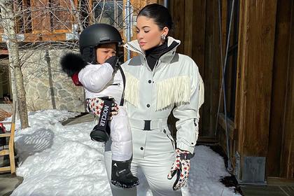 Первым словом дочери самой молодой миллиардерши стало название люксовой сумки