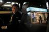 Норихита Арима работает по ночам и часто развозит по домам нетрезвых пассажиров, которые провели вечер в барах. Пьяные клиенты доставляют ему массу проблем, но ничего не поделаешь. Японские законы практически в любом случае запрещают таксистам отказывать пассажирам. А уж если они заказали такси заранее, то их так или иначе придется везти.