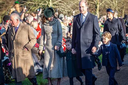 Дети принца Уильяма появились на рождественской службе и восхитили фанатов