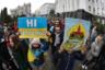 Около 10 тысяч человек вышли на майдан в Киеве с лозунгом «Остановим капитуляцию», аналогичные акции прошли и в других городах страны. Под капитуляцией протестующие подразумевали реализацию «формулы Штайнмайера» — комплекса мер по мирному урегулированию конфликта в Донбассе, предложенного президентом Германии Франком-Вальтером Штайнмайером. Украина подписала документ 1 октября, спустя почти три года переговоров. Фактически он повторяет минские соглашения, в том числе положение об особом статусе Донбасса, и прописывает механизм проведения местных выборов на неподконтрольных Киеву территориях.  <br></br> Однако националистически настроенная часть украинского общества считает, что формула продиктована Россией и подписывалась президентом Владимиром Зеленским в интересах Москвы. Зачинщиками протестных акций выступили бывший глава государства Петр Порошенко и его сторонники, а также радикалы из «Нацкорпуса», ветераны добровольческого батальона «Азов» и другие ультраправые движения. Часть радикалов в это же время отправилась в Донбасс и пригрозила сорвать готовящееся разведение войск в районах Петровское и Золотое. У них почти получилось, но все же Киеву удалось исполнить эту договоренность, пусть и с задержкой в несколько недель.