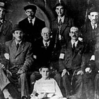 Групповая фотография еврейской полиции в Бориславском гетто