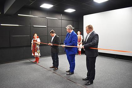 Самый северный кинотеатр в России открылся в Заполярном
