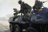 Ввод войск в Чечню начался 11 декабря 1994 года. Отряды собирались в спешке, часто на «операцию по восстановлению конституционного порядка в Чеченской Республике» отправляли совсем зеленых солдат. Столкновения федеральных войск с сепаратистами начались почти сразу же, но накануне штурма Грозного многие надеялись на то, что кризис разрешится дипломатическим путем. Этого не случилось.