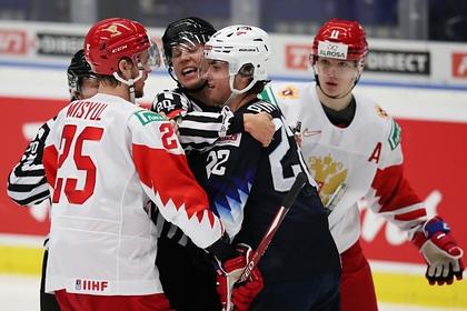 Хоккеисты сборной России и США