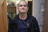"""25 октября 2019 года солдат-срочник Рамиль Шамсутдинов устроил бойню в воинской части в Забайкалье. Он расстрелял восемь сослуживцев и командира роты при смене караула, а потом сдался прибывшей группе антитеррора. В Министерстве обороны заявили, что инцидент мог произойти из-за нервного срыва у солдата. По данным источника «Ленты.ру», причиной срыва стали издевательства старослужащих. <br></br> Сам Рамиль <a href=""""https://lenta.ru/news/2019/12/17/shmstdnv/"""" target=""""_blank"""">рассказал</a> своему адвокату Руслану Нагиеву о полутюремных порядках в армии: о том, что у него и других молодых солдат забирали деньги, заставляли вне наряда мыть туалеты и издевались над ними, не давая спать. Если солдат засыпал, его выгоняли на плац и заставляли делать физические упражнения, иногда в костюме химзащиты. <br></br> По словам Шамсутдинова, перед расстрелом он не спал почти трое суток и за два часа до него чувствовал себя как в тумане и не понимал, что происходит.  После расстрела в части было возбуждено уголовное дело о нарушении уставных правил взаимоотношений между военнослужащими. Рамиль и несколько его сослуживцев были признаны потерпевшими. Фигурантом стал военный, выживший после расстрела. По словам адвоката Нагиева, он <a href=""""https://lenta.ru/news/2019/12/30/dedovshina/"""" target=""""_blank"""">признал вину</a> в неуставных отношениях, выражавшихся в издевательствах старослужащих военных над новобранцами.  <br></br> Уголовное дело о дедовщине уже направлено в суд. Первое судебное заседание назначено на январь 2020 года. Самого Шамсутдинова после расстрела сослуживцев <a href=""""https://lenta.ru/news/2019/12/24/soldier/"""" target=""""_blank"""">заключили</a> под стражу, его ожидает психиатрическая экспертиза в Москве."""
