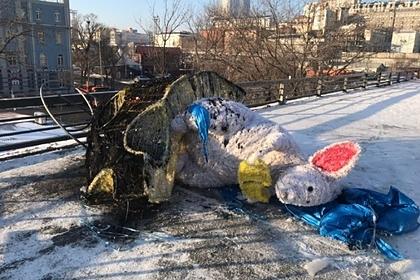 Появилось видео сожжения символа года за 670 тысяч рублей во Владивостоке