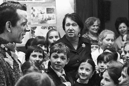 Народный артист России Геннадий Пискунов (слева на фотографии)