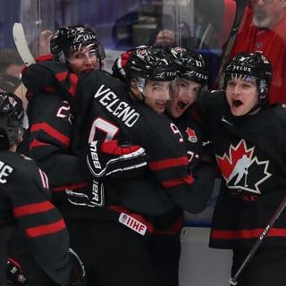 Игроки сборной Канады в матче против России