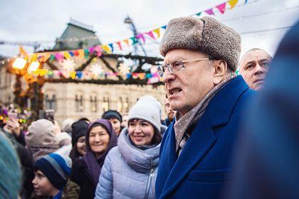 В Госдуме займутся раздачей Жириновским денег «крепостным и холопам»
