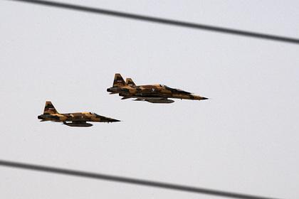Истребители ВВС Ирана на военном параде, 2009 год