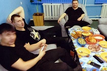 Вячеслав Цеповяз (справа) в амурской колонии