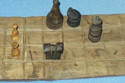 На Таймыре нашли самую «северную» старинную шахматную доску