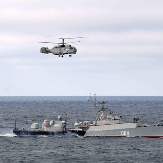 Учения Северного и Черноморского флотов в Черном море