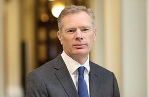 Посол Великобритании в Иране Роберт Макэйр
