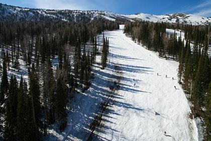 Российский турист наткнулся на собственную лыжу и умер