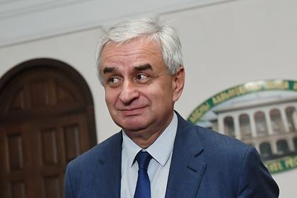 Президент Абхазии направил в парламент прошение об отставке